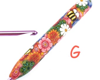 Susan Bates, G 6/ 4.00mm, Colorful Polymer Clay Covered Crochet Hook, Flowers and Bees