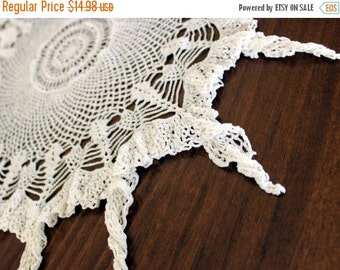 Crochet Doily, White Lacy Doily, Ruffled Doilies, Handkerchief Edge, Large Cotton Doily 13158