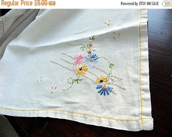 Embroidered Tablecloth or Table Topper in Off White 5776