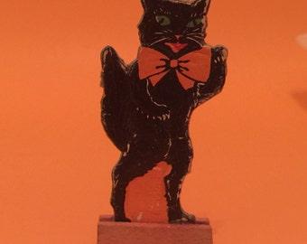 Vintage Halloween Cat Skittle Game Piece