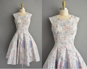 vintage 1950s dress / 50s cotton pink and gray floral print vintage dress