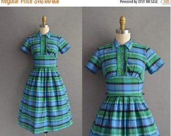 25% off SHOP SALE... vintage 1950s dress / 50s cotton stripe full skirt vintage dress
