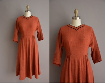 50s nutmeg nubby wool vintage dress / vintage 1950s dress