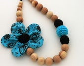 Teal Black Nursing Necklace / Teething necklace / Flower Necklace