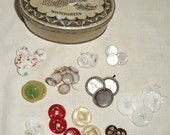 Vintage Buttons in a Vintage Mellomints Tin