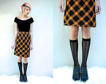 60s Wool Skirt  //  60s Pencil Skirt // High Waist Skirt  // Wool Plaid Skirt  // 60s Mini Skirt // Plaid Skirt // PUMPKIN SPICE