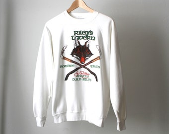 DUBLIN ireland vintage 90s RILEY'S TAVERN white fox vintage sweatshirt