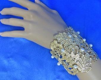 Bridal Cuff Bracelet, Rhinestone Pearl Cuff
