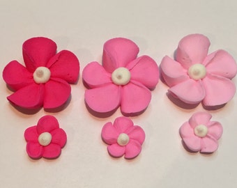 100 royal icing flowers