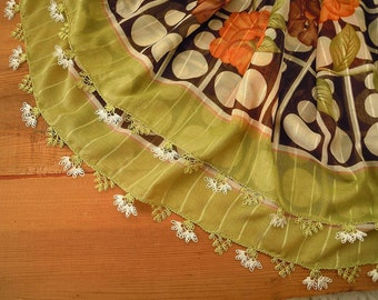Green scarf with needle lace trim, turkish oya, orange