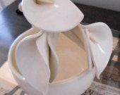 Vintage Ivory Ceramic Candy Dish or Serving Bowl with Floral Calla Lily Handle