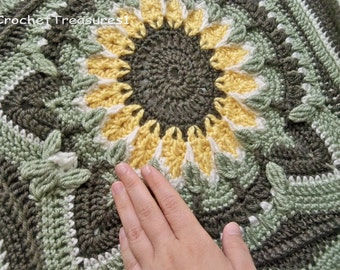 Summer Sunshine Sunflower Throw / handmade / new / afghan / blanket / spring / green / yellow / decorative / home decor / soft / gift