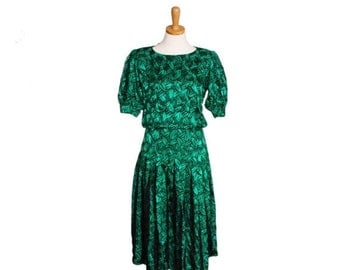 CIJ 40% off sale // Vintage GATSBY GOWN Green Black Leaf Silk Dress - 1980s - Women S - Maggie London by Jeannebe Booher