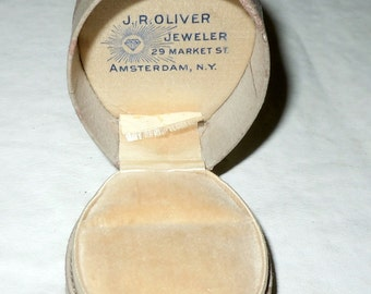 Antique Leather jewelry Ring Box with velvet lining