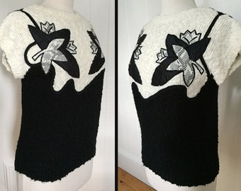 Black & White Cap Sleeve Knit Sweater, Faux Snakeskin Satin Patchwork Applique Abstract Flower Leaf Design, Maggie Lawrence Vintage 1980s M