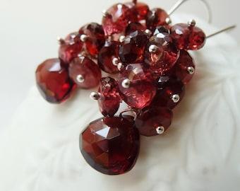 Garnet silver earrings. Dangle earrings. January birthstone. Wire wrapped. Drop earrings. Garnet earrings. Garnet jewelry. Capricorn gifts