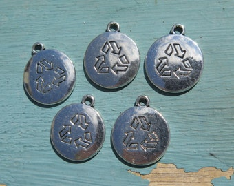 5PCS - Recycle Symbol Charms - Silver Toned - 18mm - N7