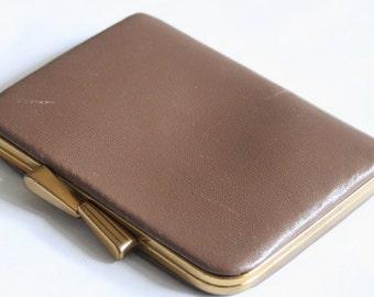 Vintage taupe coin purse. Vintage purse
