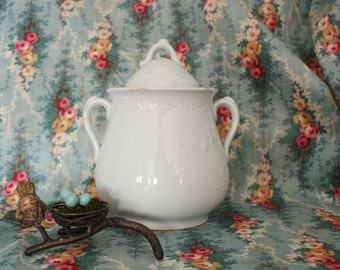Antique English Meakin  Budded Vine White Ironstone Covered Sugar Bowl