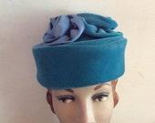 Vintage 1950s 1960s Hat 2 Tone Blue Velvet Satin Flowers Pillbox