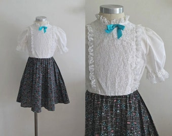 vintage 1970s girl's dress - BOXED GARDEN boho calico dress / 7/8yr