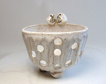 Snowy Owl Orchid Planter - Pottery Trinket Bowl - Owl Ring Holder - Owl Tealight holder - Wheel Thrown Pottery  - Jewelry Organizer