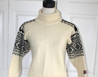 40% OFF SALE Vintage NORWEGIAN Wool Sweater . Scandinavian Nordic Sweater . Devold of Norway . Turtleneck Pullover Sweater . Size Extra Smal