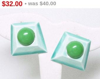 Modernist Green Earrings - Signed HAR Mid Century Mod Clip on Style