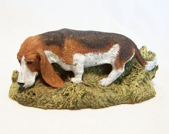 Aus Ben 1979 Basset Hound Dog Hand Painted Bronze Figurine M Richardson 816DGZ