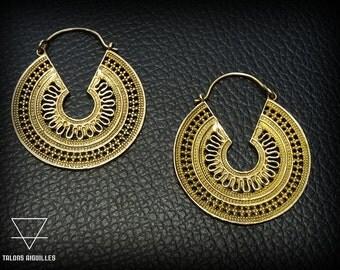 Boucles d'oreille tribal en laiton # ethnic brass earrings # tribal hoop 45-647