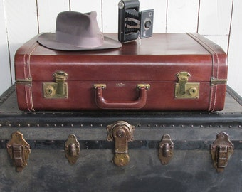 Mid Century Stylite Brown Leatherette Suitcase