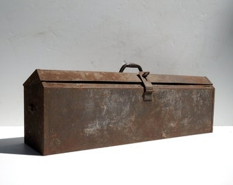 Vintage Metal Toolbox / X LARGE Kennedy / Weathered Rusty Patina / Solid No Rust Through / Usable / Tool Storage / Home Decor / Industrial