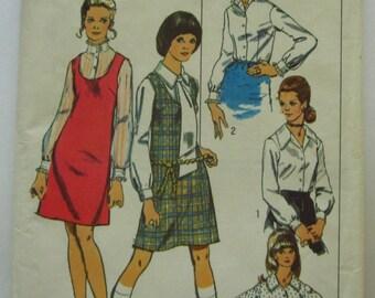 Misses Jumper and Blouse Size 20 Bust 42 Vintage 1970's Simplicity Pattern 8883 UNCUT