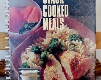 Vintage Tupperware TupperWave Stack Cooker Stacked Cooked Meals Cookbook Very Good Condition   CB329