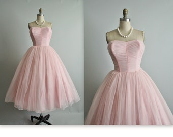 50's Wedding Dress // Vintage 1950's Strapless Pink Chiffon Ruched Full Tea Wedding Dress XS