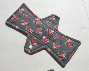 10 Inch Cloth Menstrual Pad Regular Vintage Roses