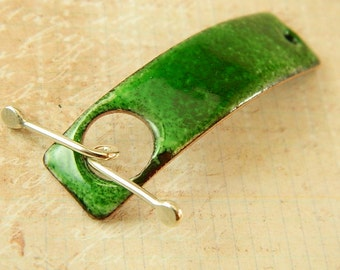Green Enameled Bracelet Bar Toggle Clasp with Argentium Sterling Silver Wire Toggle