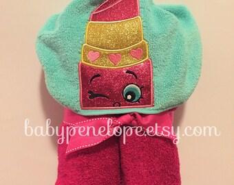 Shopkins Hooded Towel - Lippy Lips - Shopkins Lipstick- Shopkins Birthday Gift - Personalized Christmas Gift for Girl