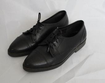 Vintage Black Leather Oxford Shoes Size 5.5 / Vintage Black Leather Oxfords / NIB Vintage Leather Lace-Up Oxford Shoes / Size 5.5