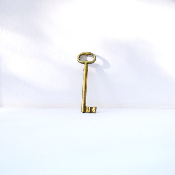 Https Www Etsy Com Listing 279466748 Skeleton Brass Jail Key Home Decor Large