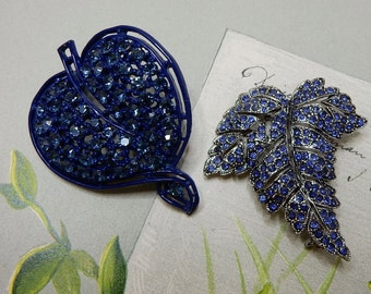 2 Blue Rhinestone Leaf Shaped Brooch Pin Lot    NCP18