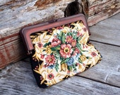 Tapestry Clutch, Needlepoint Floral Coin purse, 1970s purse, Tapestry, Change Purse, Accessories,