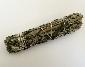 Black Sage / Mugwort Smudge Stick (Artemisia vulgaris) - Herb of protection, dreams, visions, divination, cleansing and lunar workings