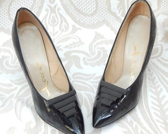 fall sale 2016 Absolutely AMAZING --1950s Heels By ACCENT --Size 7 But fit like a 6--Patent LEATHER Heels--Curvy Heels-Mint Condition