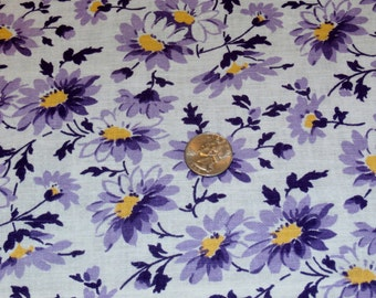 """Vintage Cotton Floral Full Feedsack Purple and Yellow Daisy Flowers Quilting 37 1/4"""" x 42"""""""