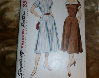 Vintage Simplicity 1950s Sewing Pattern 3551, Size 16, Bust 34, 1951 Dress, Pattern complete