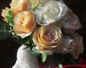Ivory and Peach Light Peach Lace Bouquet
