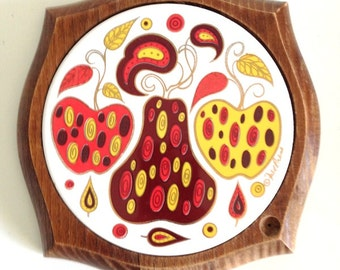Vintage Apple and Pear Mod Fred Press Cheese Board