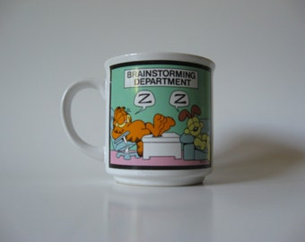 1978 Odie & Garfield cat novelty ceramic mug coffee cup vintage cup Jim Davis work office theme brainstorming Enesco Korea