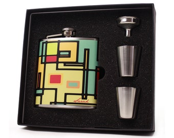 Personalized Flask for Men and Women // Gift Set